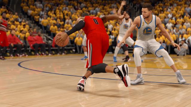 EA SPORTS™ NBA LIVE 16 (43)